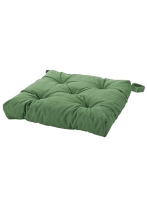BUTTON GREEN CUSHION 1